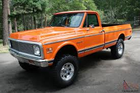 1971 1972 Chevy Pickup, 4x4, Custom 10, Orange . 350 Motor C10