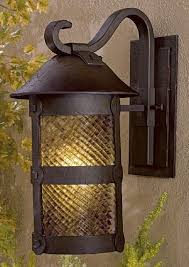 Lander Heights Energy Star Medium Ext Wall Light