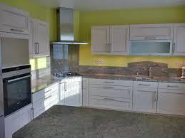 realisation cuisine réalisation cuisines couloir modele maeva chene massif laqué