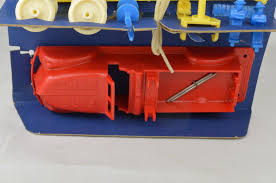 Renwal #167 Fire Truck Builder Set Plastic 1953-1954 USA 6 7/8