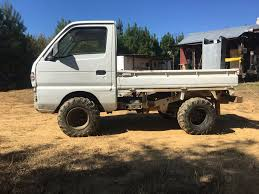 Suzuki Carry 25