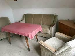 wohnzimmer einrichtung garnitur sofa sessel tisch eckschrank