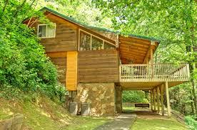 4 Bedroom Cabins In Pigeon Forge by Creekside 3 Bedroom Cabin Rental In