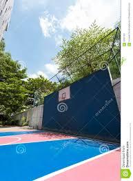 terrain de basket exterieur terrain de basket extérieur photo stock image 62867381