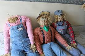 Hunsader Pumpkin Festival Address by The Art Of Building Scarecrows Shouldn U0027t Be Frightening East