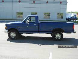 1996 Ford F - 250 Xl Standard Cab Pickup 2 - Door 5. 0l Automatic
