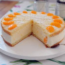 schmandtorte mit mandarinen