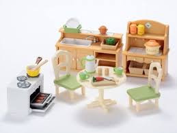 The Sylvanian Families Live In Idyllic World Of Sylvania And Encourage Traditional Family Life Play Dining Room Set