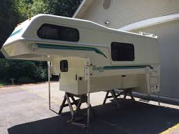 1995 Used Bigfoot 2500 SERIES Truck Camper In Washington WA 2006 Bigfoot Truck Campers Trailers Brochure Rv Literature 1999 Used 2500 Series 25c94lb Camper In Colorado Co Big Gmc 4500 With Hq Review Of The 25c94sb Adventure Youtube 1500 Series Rvs For Sale Real Life Mpg Numbers Wanted Archive Expedition Portal Rvnet Open Roads Forum Mpg On 34 Or 1 Ton Trucks
