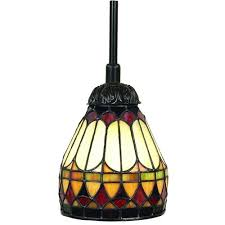 Quoizel Tiffany Lamp Shades by 7 Best Stained Glass Lamp Shades Images On Pinterest Stained