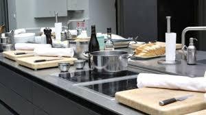 cours de cuisine avec cyril lignac cyril lignac chef cuisinier actu recettes côté maison