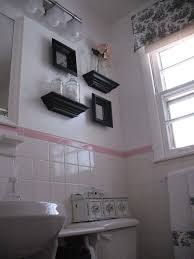 50s Retro Bathroom Decor by Making Over A 50s Bathroom And Keeping All The Original Tile Tub