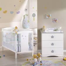 chambre de bebe pas cher décoration chambre bébé pas cher barricade mag