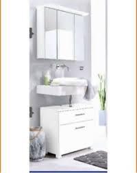 badezimmer spiegelschrank waschbeckenunterschrank möbel
