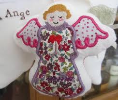 un jour chez la marquise petits anges de berceau nounou cousette
