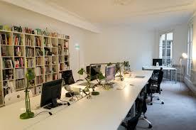 bureau locaux les locaux design de l agence parisienne bug bureau espace de