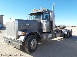 1997 Peterbilt 379 Semi Truck | Item BJ9820 | SOLD! February...