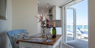 100 Small Modern Apartment Very Small Modern Studio Apartment Overlooking The Sea
