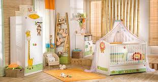 chambre bebe jungle thème jungle chambre bébé