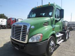 USED 2011 FREIGHTLINER CASCADIA DAYCAB FOR SALE IN CA #1189