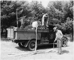 File:Ranger Station Fire Truck - NARA - 285982.jpg - Wikimedia Commons