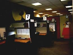 Scary Cubicle Halloween Decorating Ideas by Office 4 Inexpensive Interior Halloween Decoration Ideas