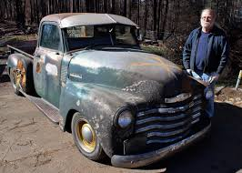 100 Burnt Truck Fireravaged Pickup Cruising Paradise Shows Faith In Towns Rebirth