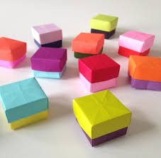 Creative Jewellery Making Colored Paper