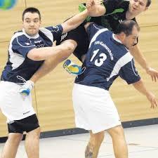 Handball Unglückliche Figur Sport Neuburg Augsburger Allgemeine