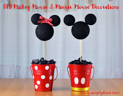 DIY Minnie & Mickey Birthday Decorations with Simply Dovie