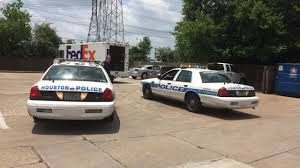 FedEx Truck Driver Held Up At Gunpoint In Clear Lake | Abc13.com Fedex Agrees To Pay Drivers 240 Million For Misclassifying Them As Idea 111 Fedex Always First Car Branding Square44 Truck Trailer Transport Express Freight Logistic Diesel Mack Box On The Small Business Center Train Slams Through Truck In Dashcam Video Volvo Trucks And Successfully Demonstrate Truck Platooning Delivery Van Stock Photos Turning Corner Stuck Traffic During Day Catalina Islands Mini Xpost Rpics Weirdwheels Caught Camera Packages Fall Onto Highway Open Door Mini Youtube Rhodes College Digital Archives Dlynx Used To