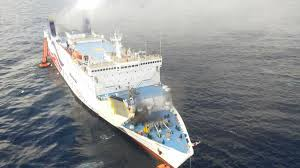 Cruise Ship Sinking 2016 by Navy Tries To Save Sinking Ship Cnn Video