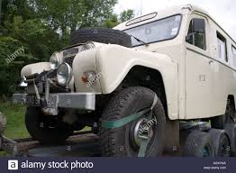 1965 Austin Gipsy Ambulance On Tow Truck Stock Photo: 8173209 - Alamy