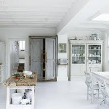 White Shabby Chic Kitchen