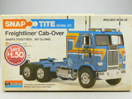 1/32 Model Truck Kit Vintage Monogram 1203 Snap Tite Freightliner ... Vintage Amt Kmart Truck Trailer Set Model Kit K799 1 43 Scale Mega Rc Model Truck Cstruction Site Action Vol6rc Scaniarc Highway Replicas Livestock Mack Road Train Blue White Die Cast Paper Model Stock Image Image Of Paper Truck Yellow 85647 Kenworth W925 Built From Amt Movin On Kit Cars Driving The 2016 Year Volvo Vn 150 Display Cabinet With 5 Shelves Showroom Vol8 Mb Arocsrc Trucks Amazoncom Revell W900 Toys Games Tamiya 06305 Mercedes Benz 1838 114 Electric