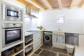 amenagement d une cuisine buanderie 30 idées d aménagement dans une arrière cuisine une