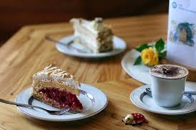 café schloss reichenberg leckere kuchen und herrliche aussicht