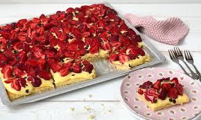 erdbeer puddingkuchen