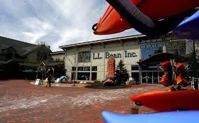 L L Bean announces plan to quadruple number of U S stores by