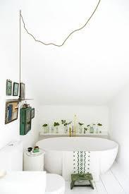 comment aménager une salle de bain 4m2 baignoire ovale idée