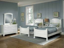 100 raymour and flanigan white headboard queen size bed