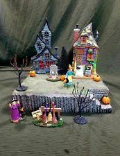 Lemax Halloween Village Displays by Lemax Spooky Town Hill Top Display Platform 74636 Ebay