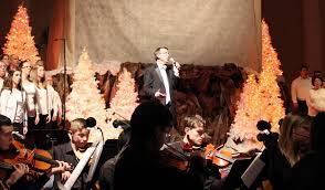 Bellevue Baptist Church Singing Christmas Tree 2013 by December 2014 Renew Worship Tennessee
