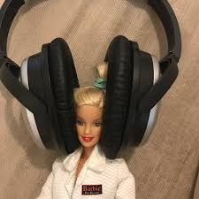 Doll Set 11 With 10 Isabel Hard Working And Sensible Academic Barbie Barbiephd Twitter Barbie Doll Ki Video Dikhaye Barbie Doll Ki Video