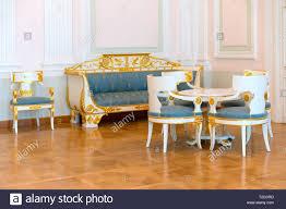 im alten stil wohnzimmer stühle sofa tisch