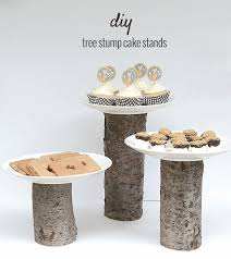 5 DIY Cake Stands You Can Do With Wood Logs And Slices