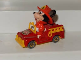 TOMY DISNEY MICKEY MOUSE FIRE TRUCK 3