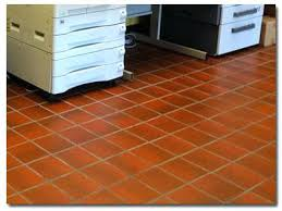cleaning ceramic floor tile cleaning porcelain tile floors with