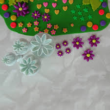 Charming Daisy Kitchen Decor Including Online Shop Pcsset Cake Mold Inspirations Pictures