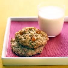 OatmealApricot Cookies